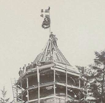 Præstø vandtårnunder opførels med rejsegilde 1911