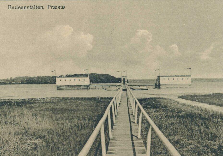 B138, Badeanstalten Blev nedlagt i 19xx